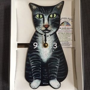 NIB CAT CLOCK! with moving tail made by Pink Cloud